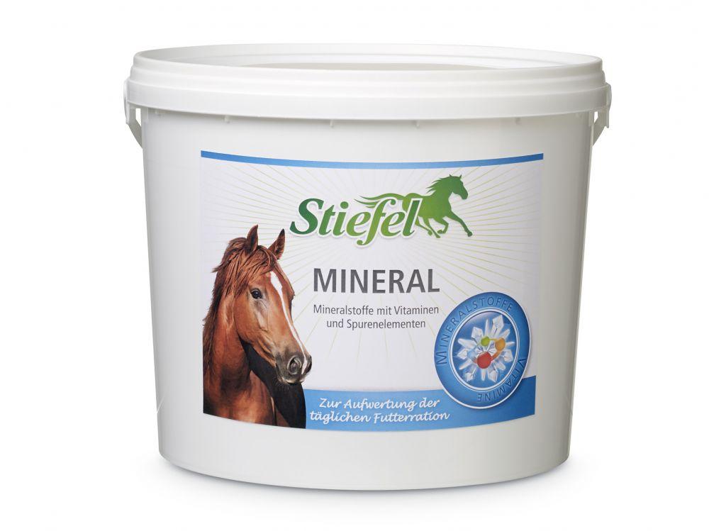 Stiefel Minerál, minerální směs pro koně s vyváženým poměrem minerálů a stopových prvků, kyblík 3 kg