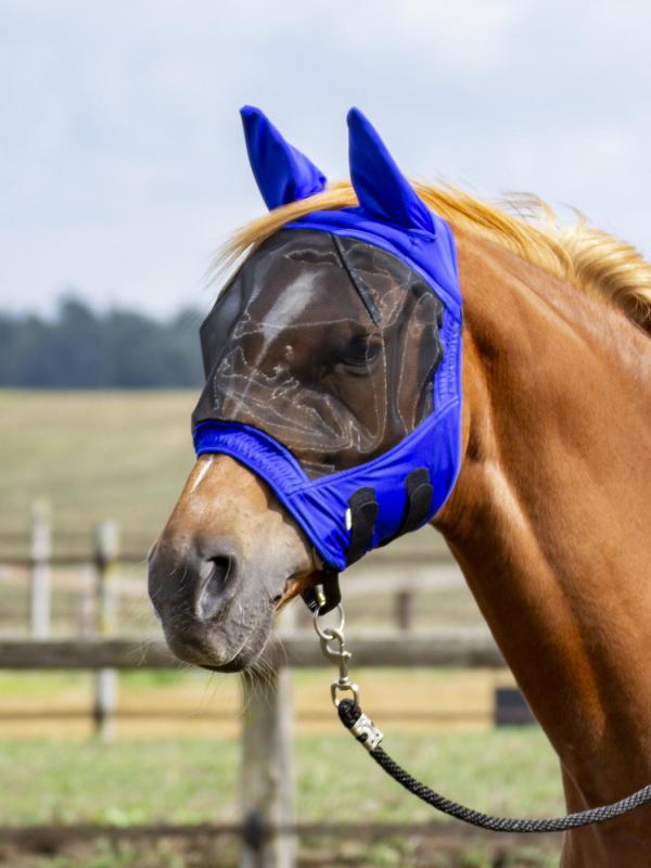 Dobře padnoucí maska, vršek elastický, žuchvy podloženy savým fleecem.